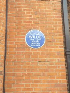 Blue plaque on Oscar Wilde's house in Tite Street, Chelsea, London