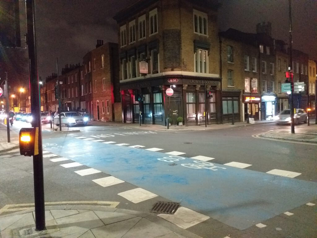 The crossroads Cable Street and Cannon Street are connected to the Ratcliffe Highway Murders (Photo: Philipp Röttgers)